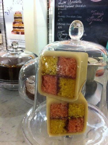 Edd Kimber pop up Fortnum & Mason's The Boy Who Bakes cake