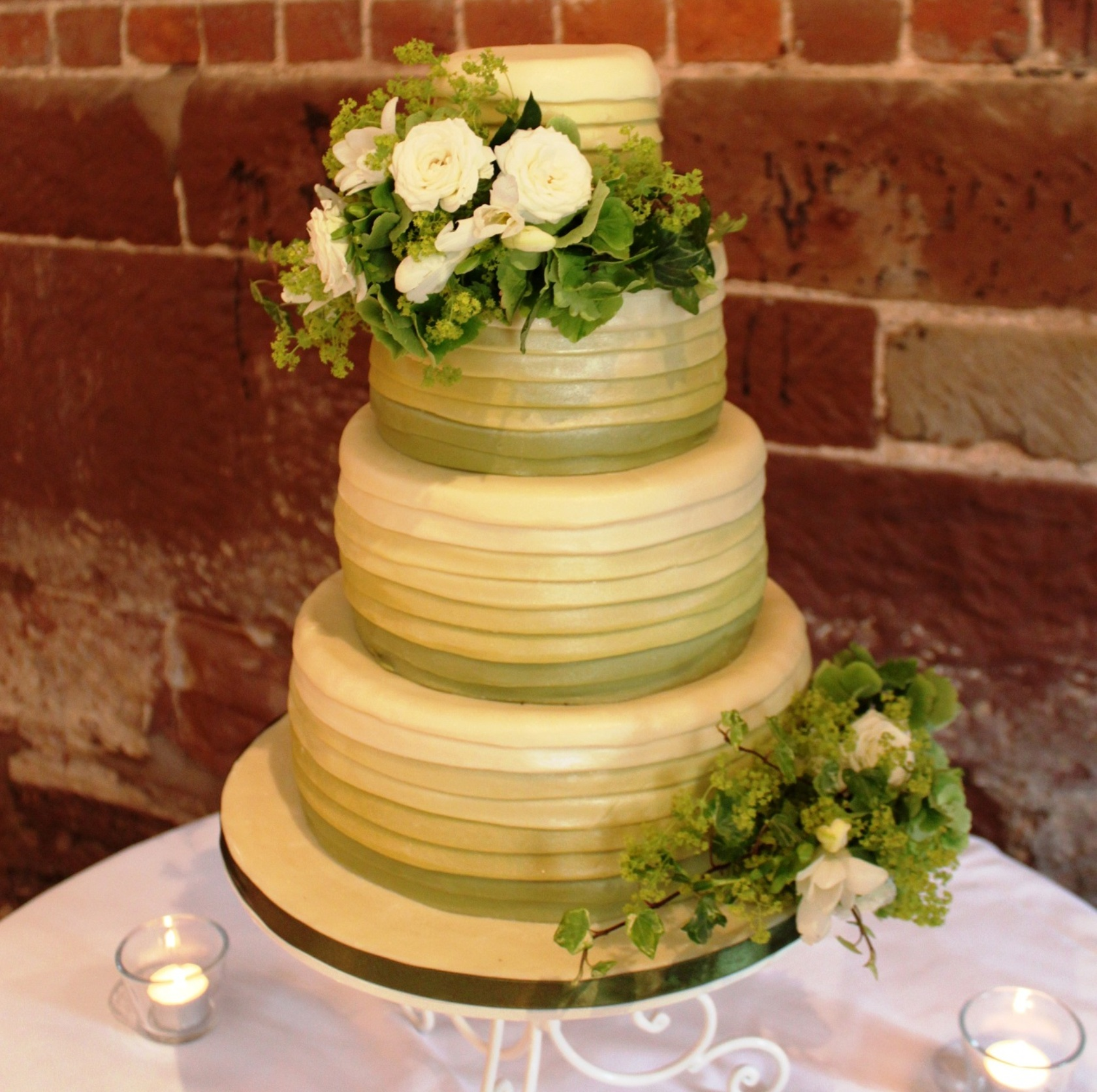 Great Cake Places - Little Cake Parlour, The
